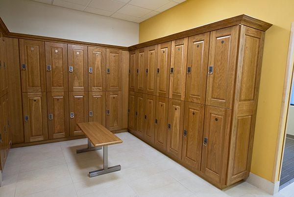 best-gym-locker-rooms-in-burlington-on