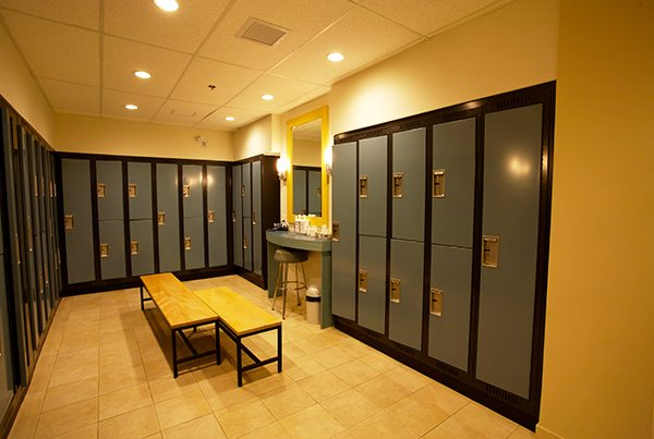pickering-health-club-locker-rooms